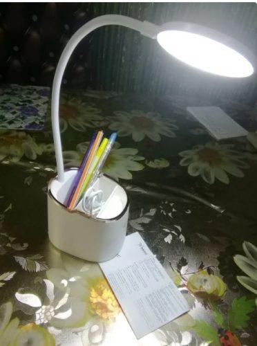 Как работает настольная лампа